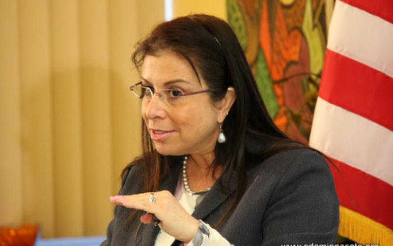 Valeria Sylva speaks to the gathering