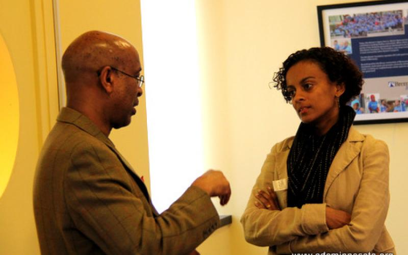 Ahmed Samatar chats with participant